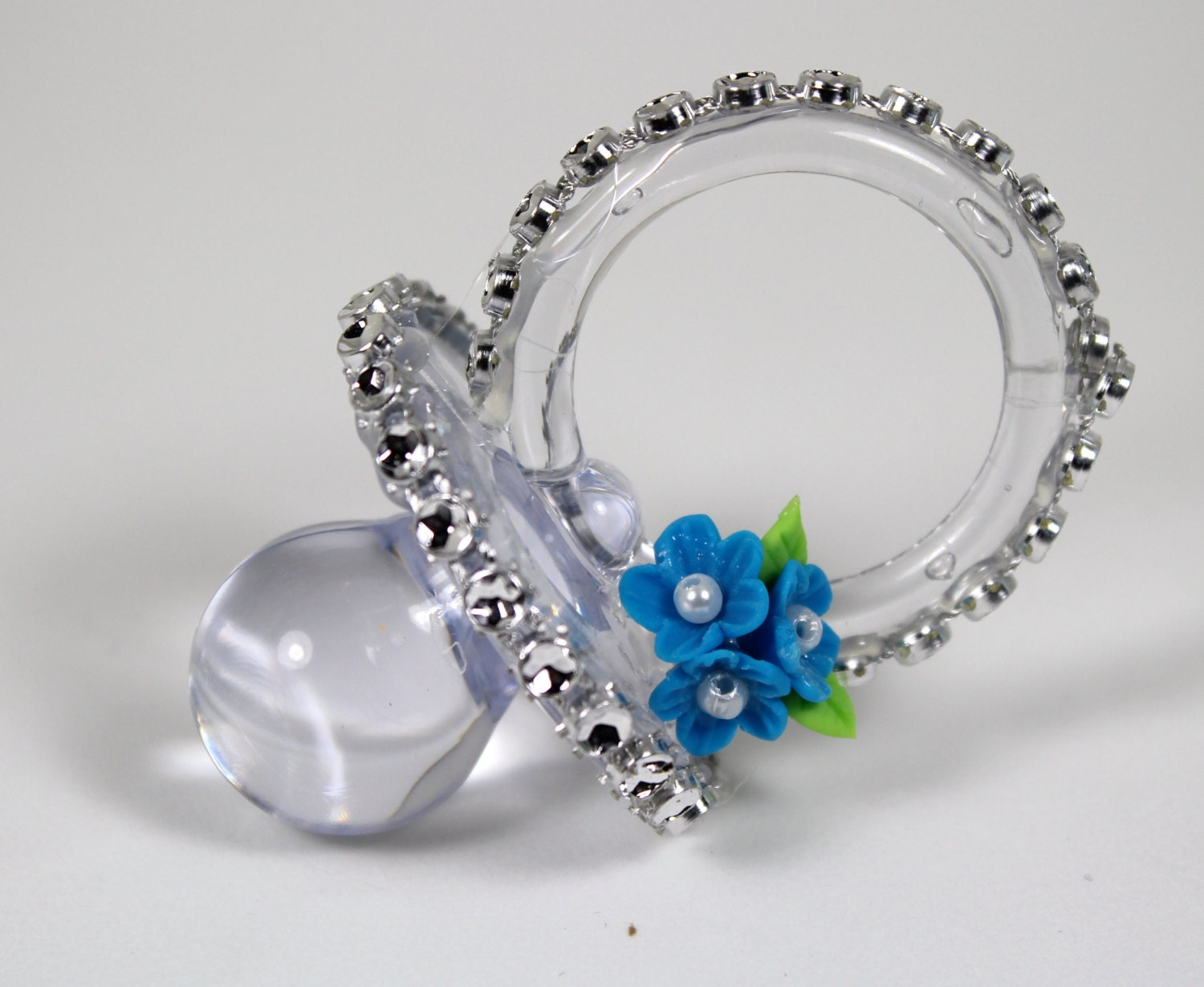 blue baby shower pacifier necklace 12 pieces napkin holders baby