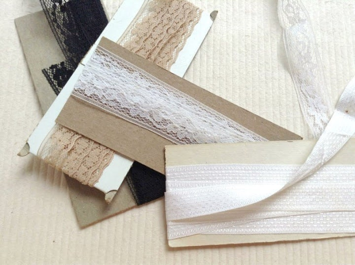 Lot of 1970s Vintage lace trim and seam binding bias tape. cream. taupe. black. white. - VintageBlueSky
