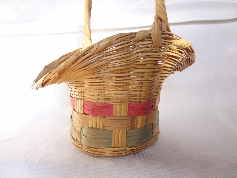 vintage Easter basket wicker storage by VintageBettyLuke ...