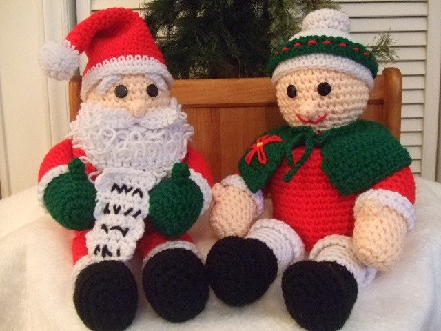 Crochet Pattern Christmas Mr and Mrs Santa Claus