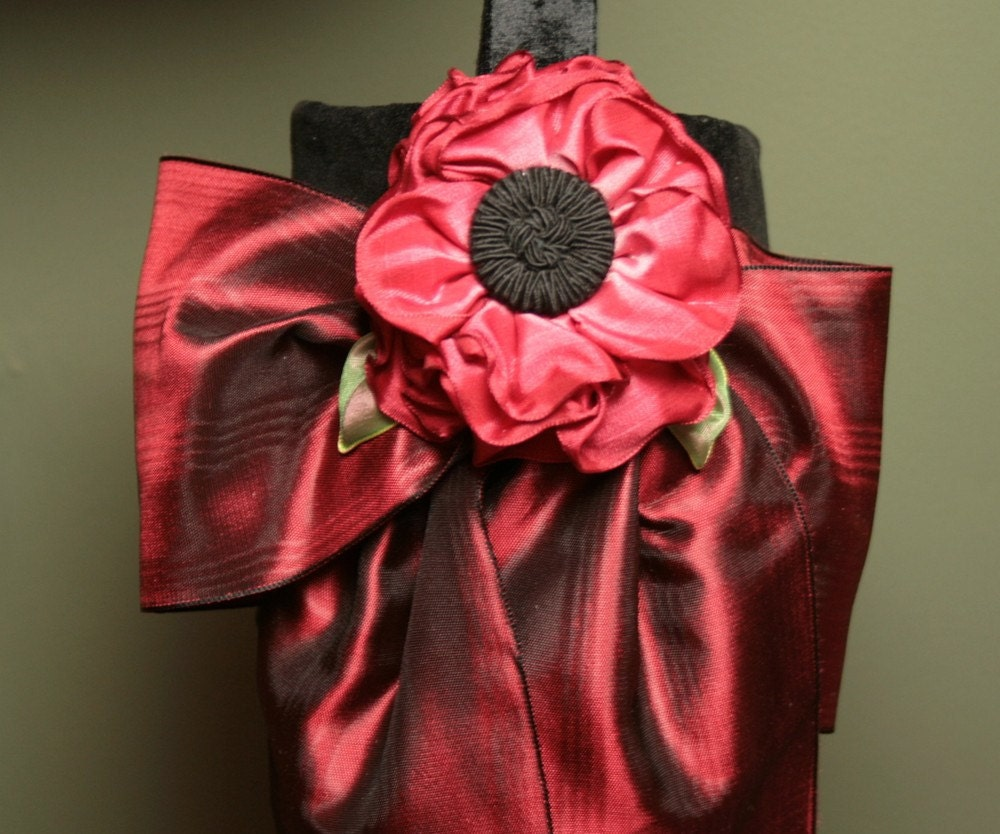 Винтаж Гобелен Рождества чулок с Вельвет манжеты, муара Лук и Vintage-Style Дамских Цветок