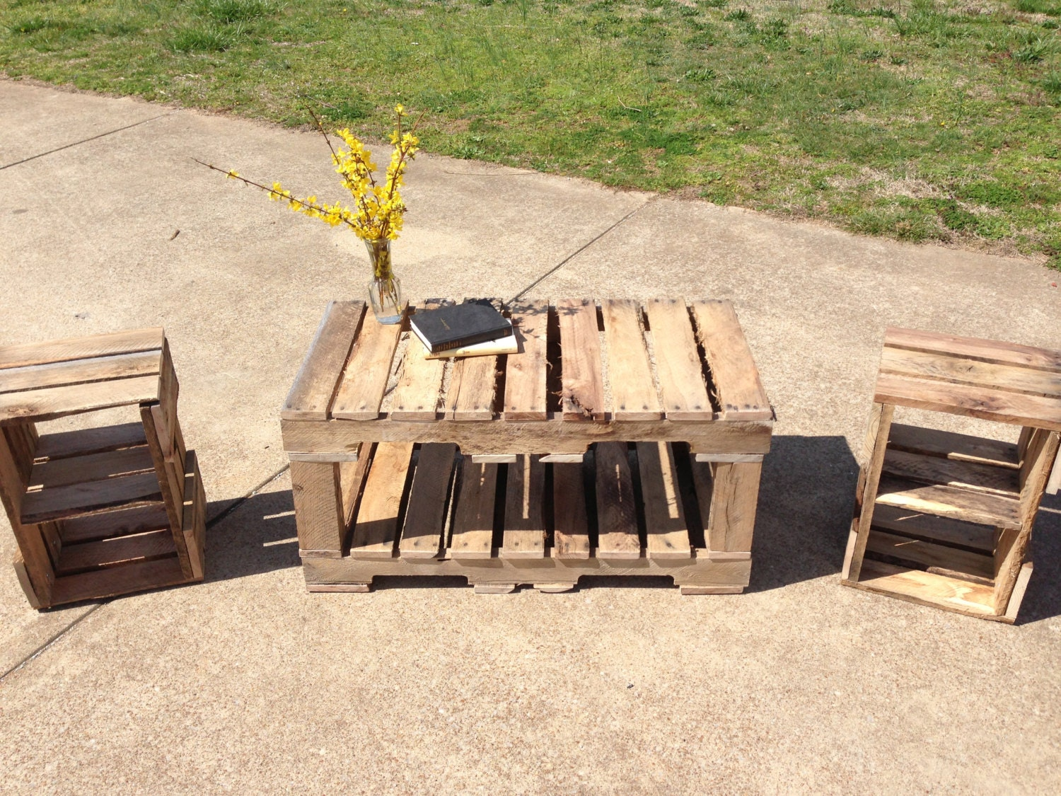 Items similar to pallet coffee table and end tables for End tables made from pallets
