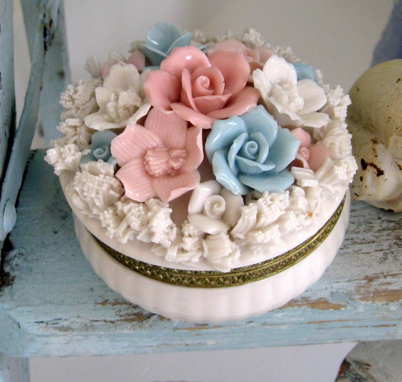 Porcelain Capodimonte Rose Hinged Box By Somethingcharming