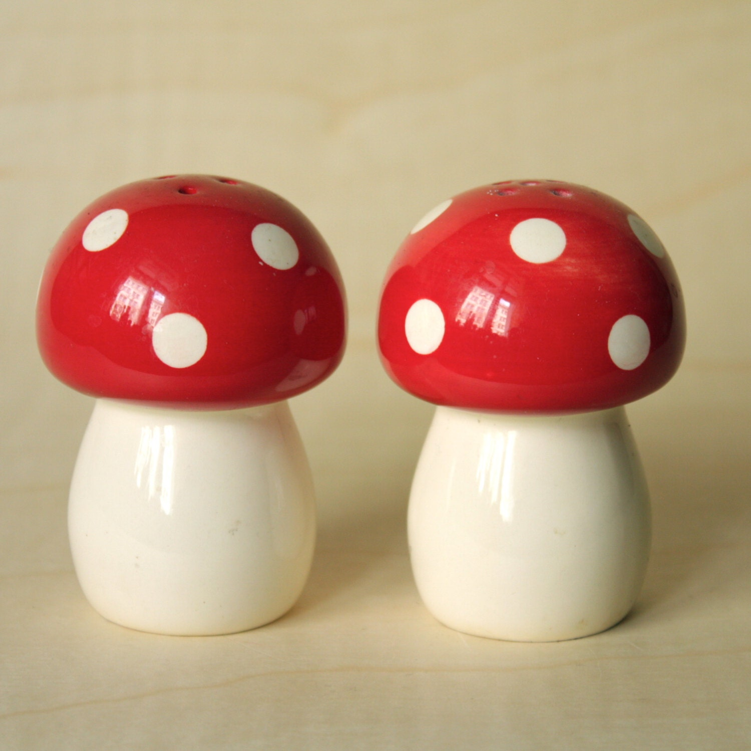 Cute Toadstool Salt And Pepper Shakers By Gogoberlinette