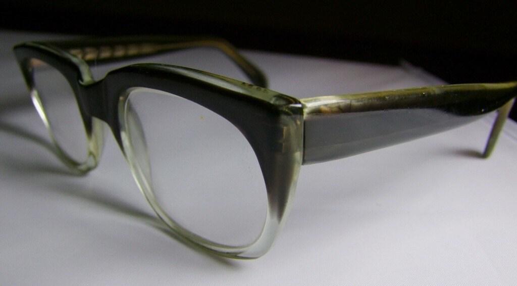 Rimless Glasses Hakim : EYEGLASSES FRAMES CANADA - EYEGLASSES