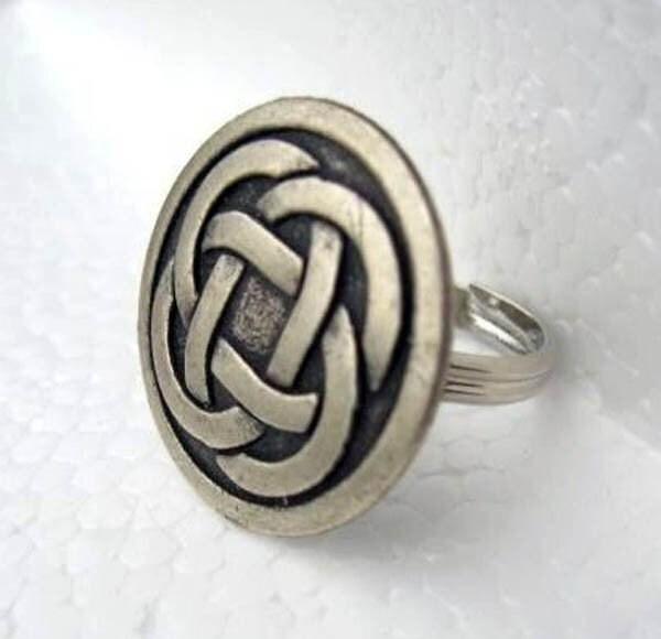 Never ending love Celtic knot adjustable ring