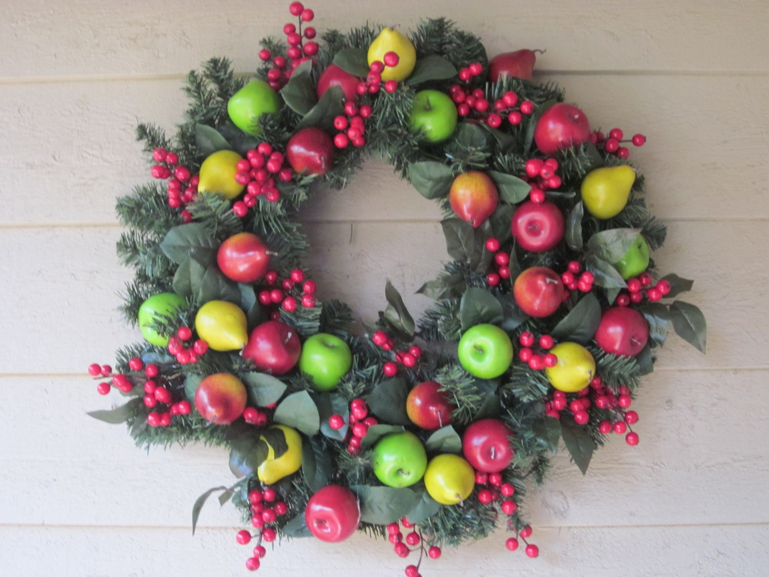 Traditional Williamsburg Wreath