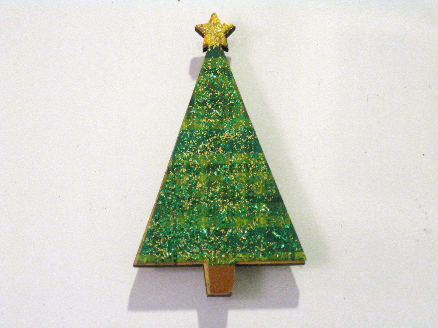 Glitter plaid green and gold christmas tree wood by violetvox for Green and gold christmas tree