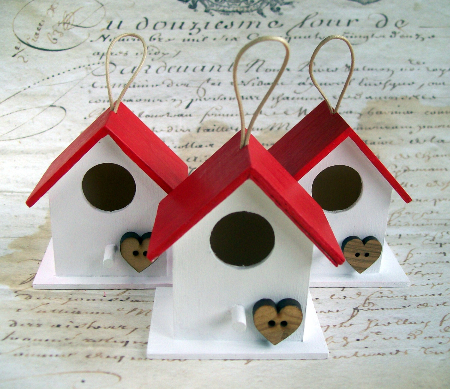 Rustic Christmas birdhouse decorations/ornaments wood red / white heart button - artangel