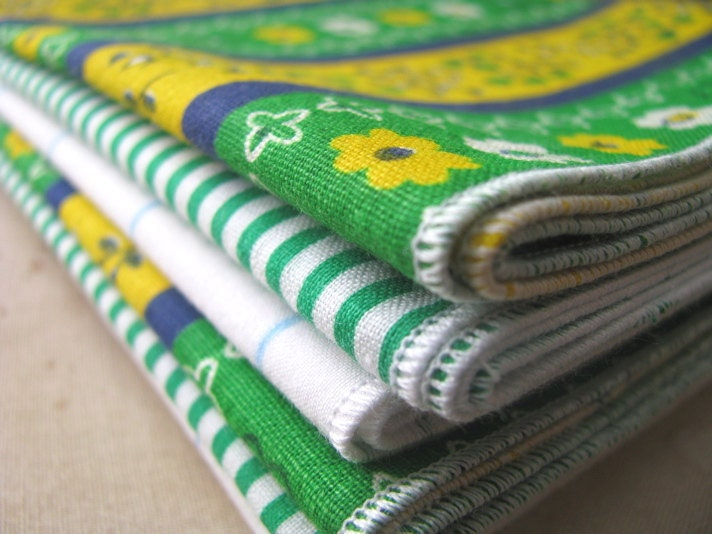 Set of 6 Mix and Match Green Every Day Eco-Friendly Cloth Napkins made from Vintage Fabric-18 inch