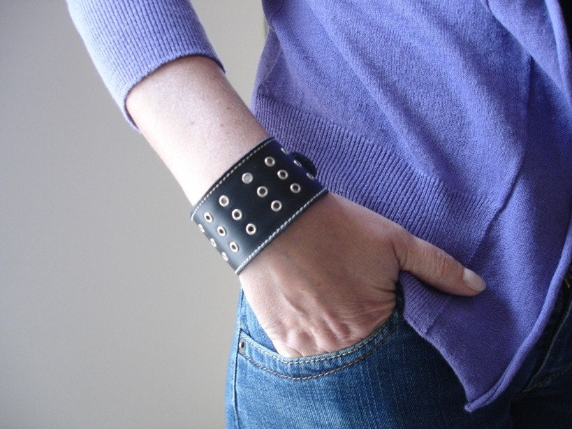 AVA Leather Cuff