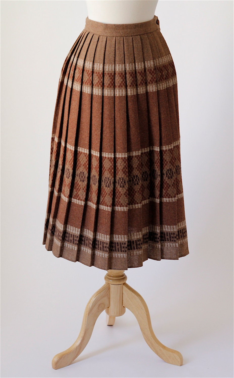 1970s vintage pleated wool skirt by roxandsam on etsy