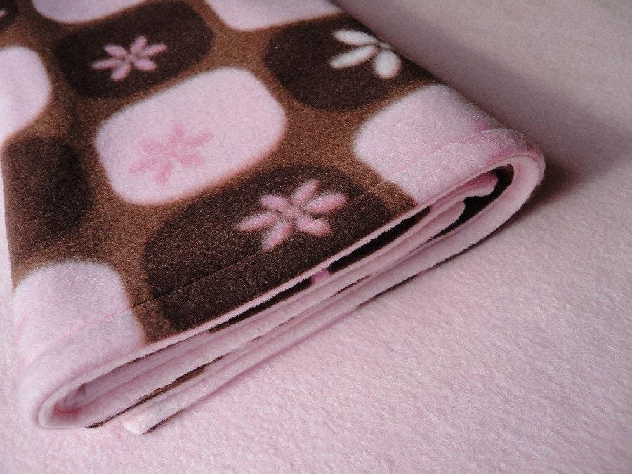 PackNPlay Sheet / Blanket Set  Fleece Bedding Set for Baby Girls  'Chocolate Silk' Print