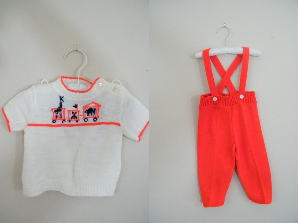 Vintage 1960s Boys Sweater Outfit / Knit Suspender Pants and Sweater / Size 9 Months - ThriftyVintageKitten