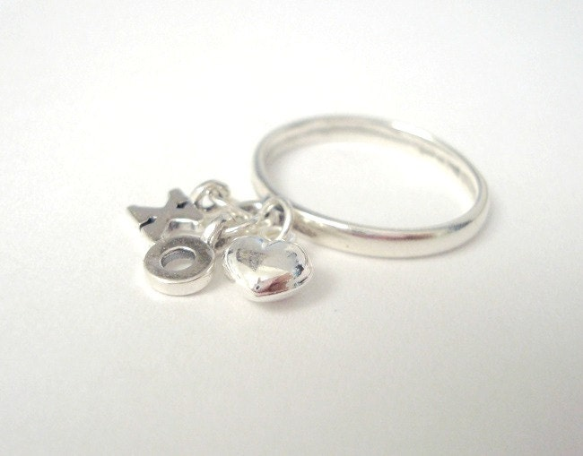 Flicky ring xo sterling silver dangle charm ring