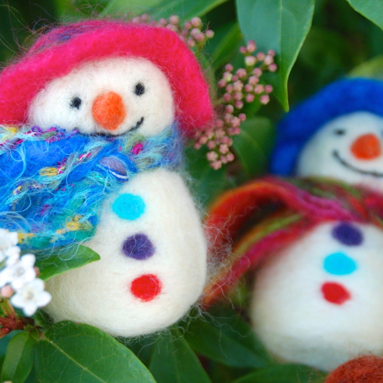Needle Felt Snowman Christmas Decoration Kit - Foxglovefelts