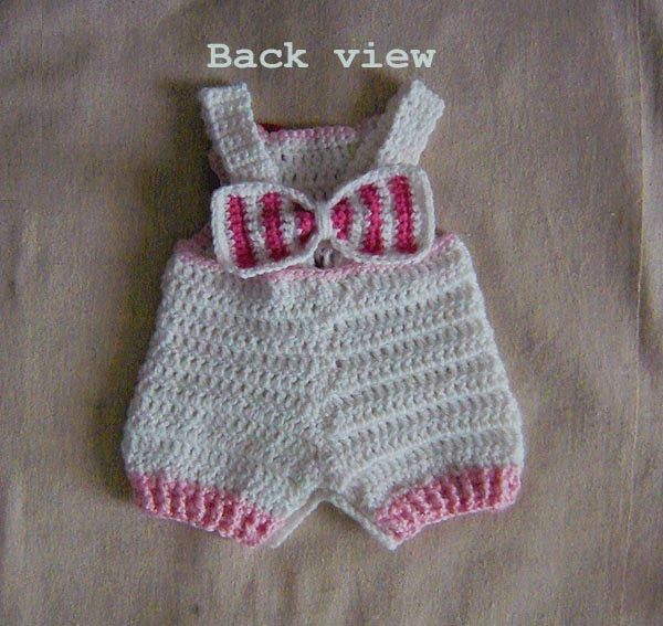 Ravelry: Hello Kitty Baby Girl Overalls shorties, Buttons