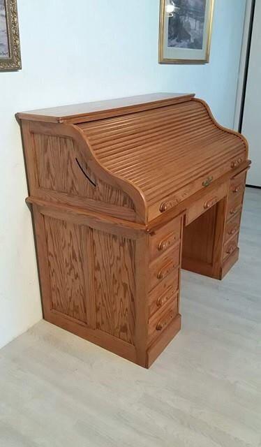 Stunning American Solid Oak Roll Top Desk by Centennial