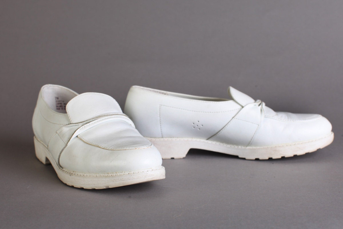 Vintage Women's White Nurse Shoes, Size 7