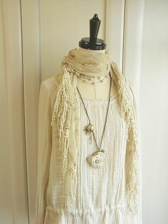 кожаный кошелек ожерелье - из слоновой кости и кружева