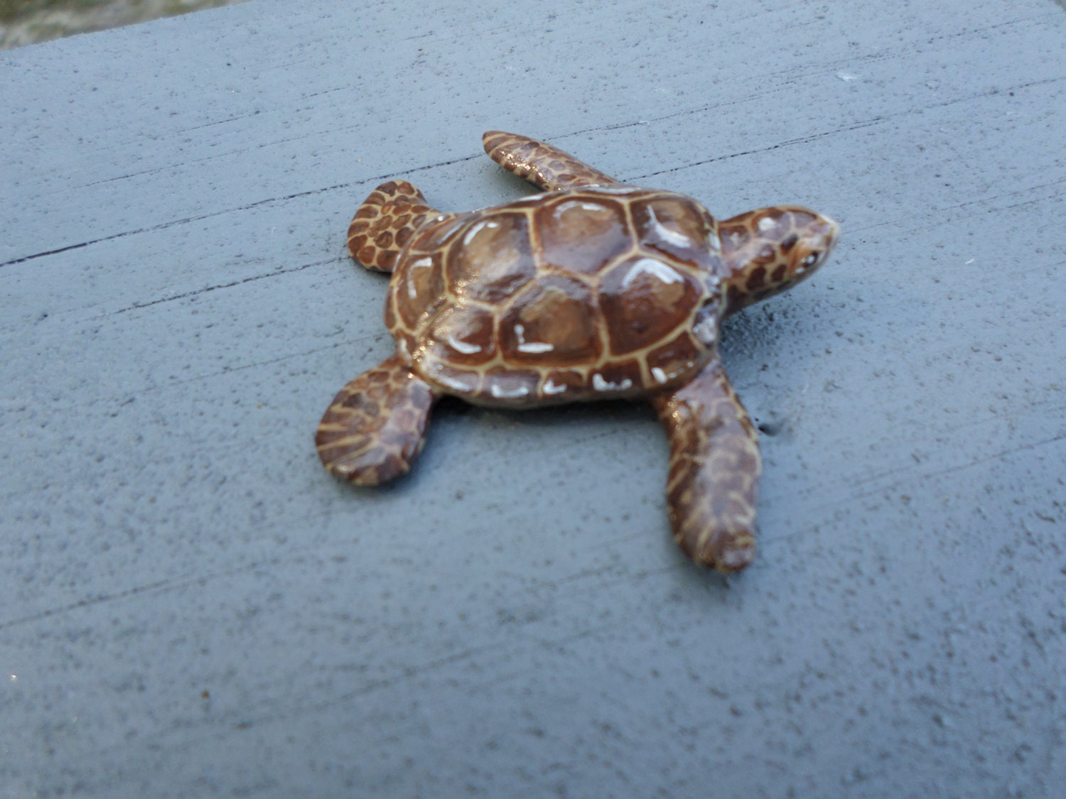 Hand sculpted clay  miniature baby sea turtle paper clay - ADragonflysFancy