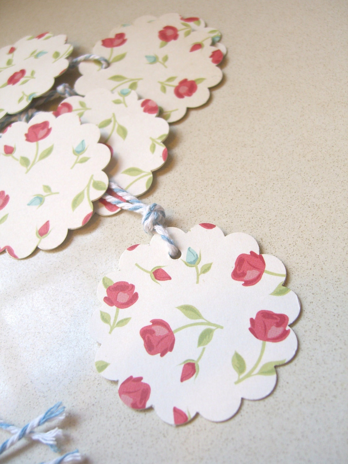 Scalloped Gift Tag - Vintage rose
