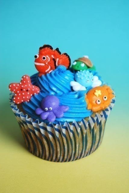 Cupcake Decorating Ideas With Royal Icing : Unavailable Listing on Etsy