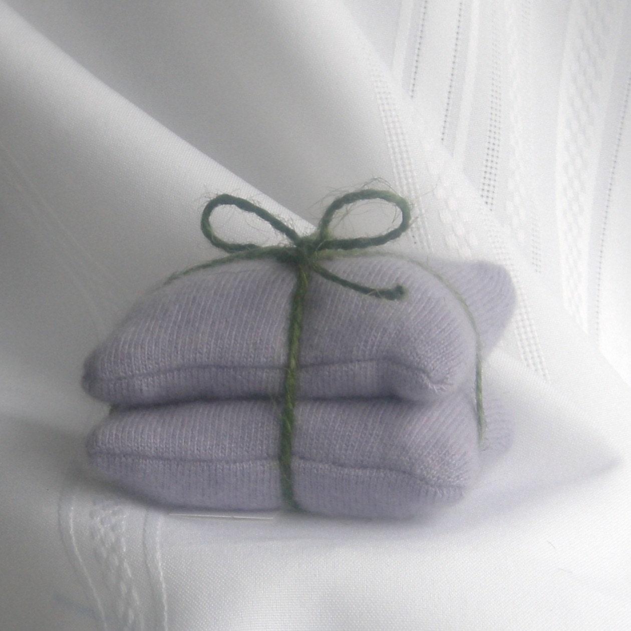 Cashmere Wool Handwarmers, no. 65 - FoxIslandFancywork