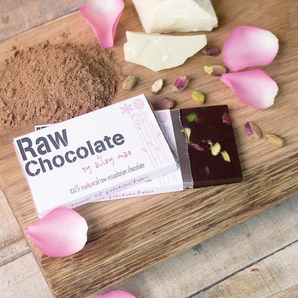 Rose and Pistachio Raw Chocolate Bar - RawChocolate