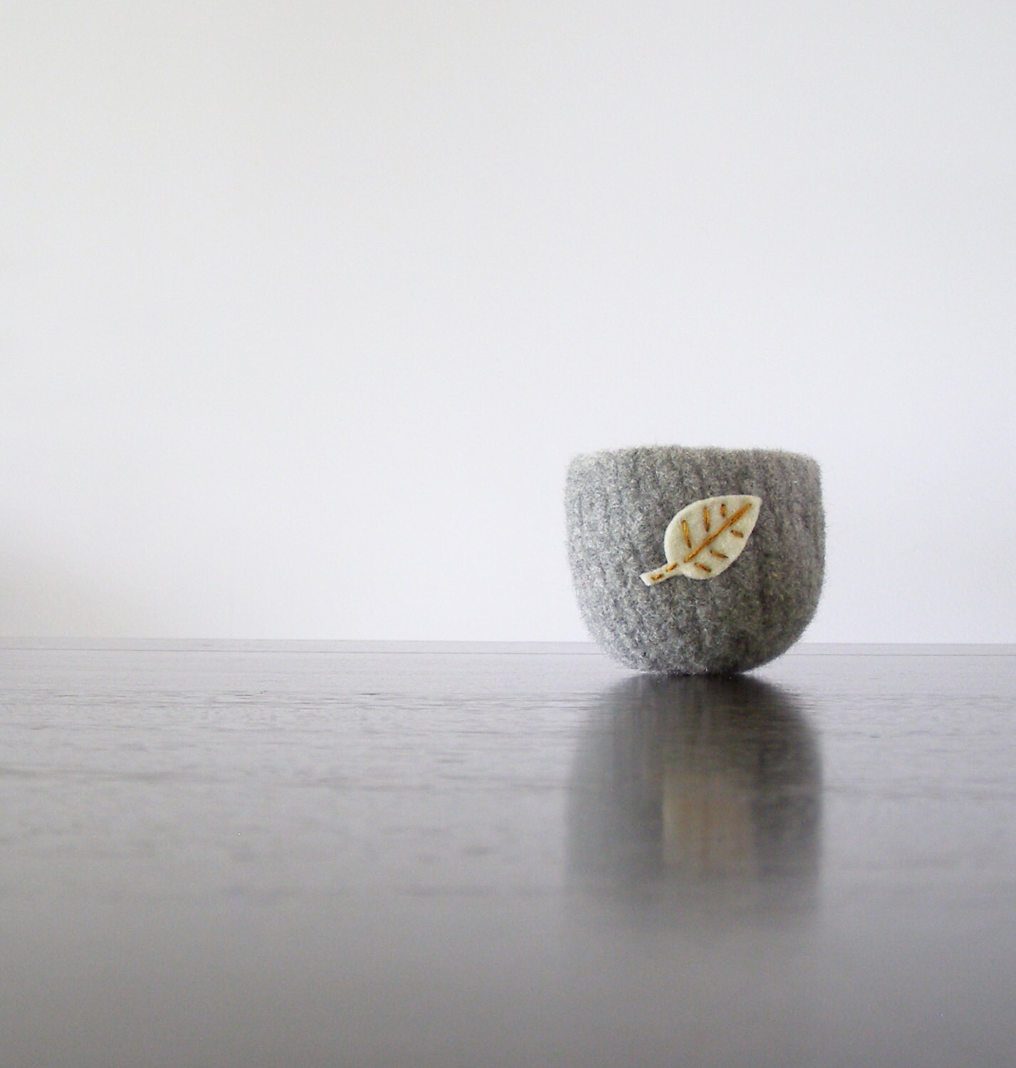 autumn leaves - dove grey felted wool bowl with white and golden yellow felt leaf - ring bowl, autumn decor, Waldorf nature item - theFelterie