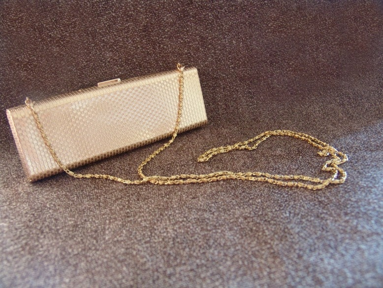 Gold Metal Clutch.  Gold Chain. Formal Clutch. Holiday Party. Holiday Accessory. - VintageBlueSky