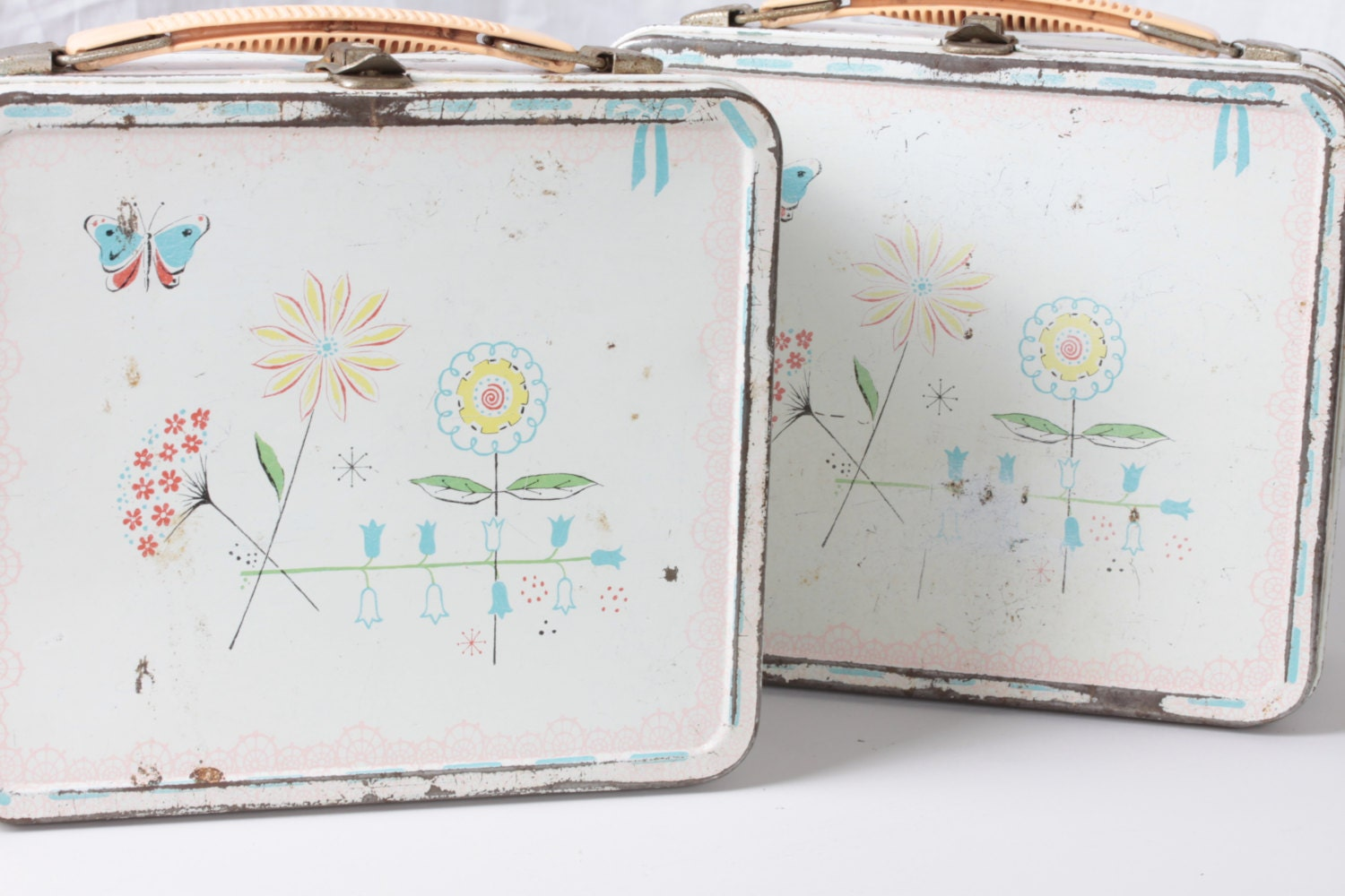 Retro 1950 Aladdin Jr. Miss Lunch Box with Butterflies and Abstract Flowers - Fleaosophy