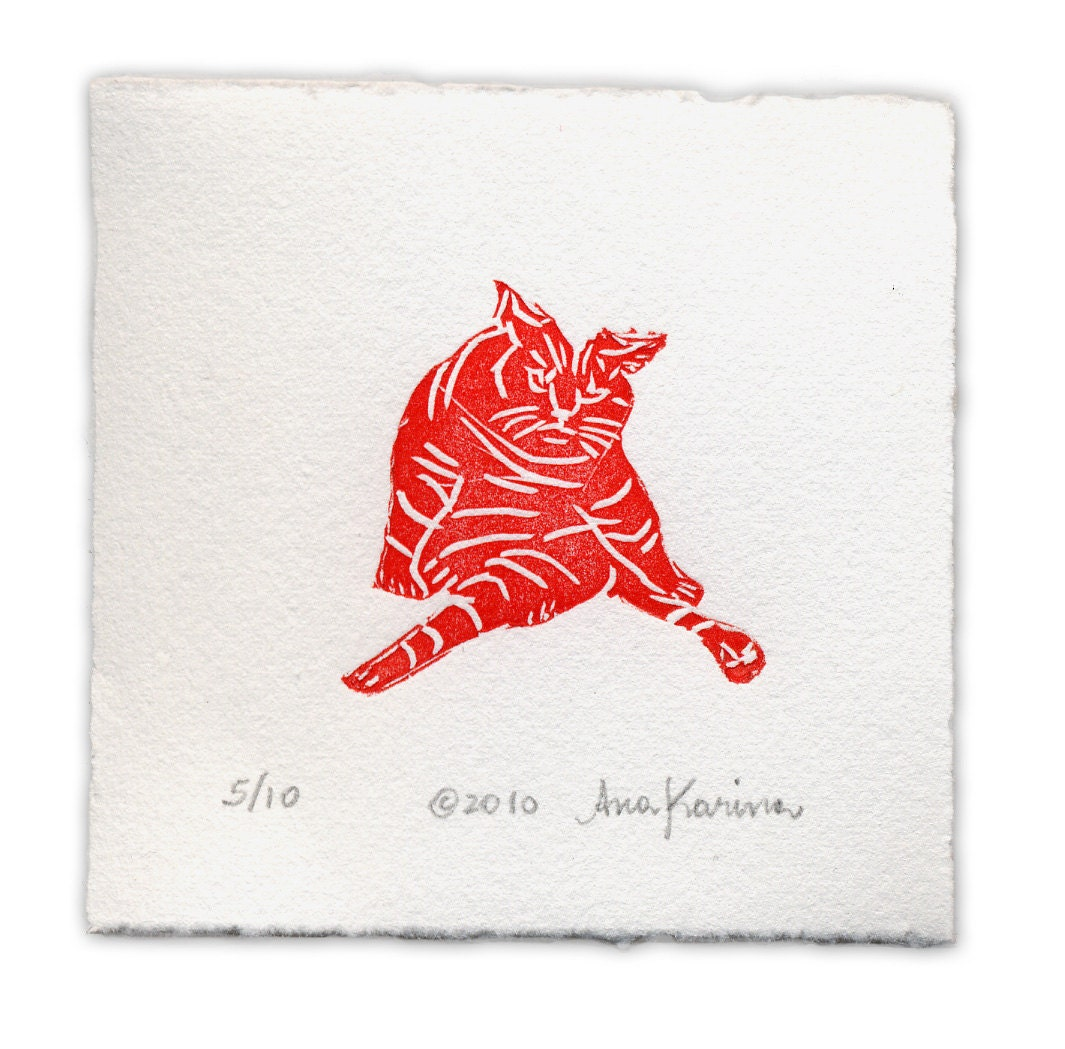 Letterpress Print: Cat Bath, Red, Hand-Carved Linocut, Coton Paper, Wall Decor, Art Print, Home Decor, Matted, Edition of 10. - missclinepress