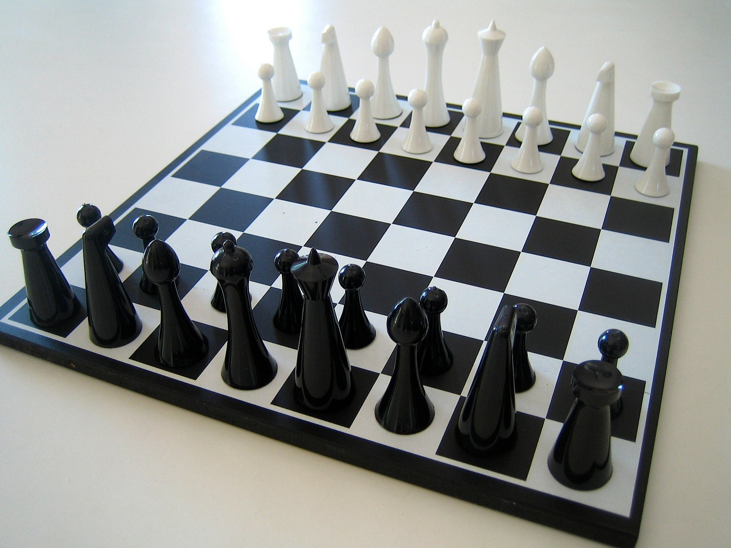 1960 herman ohme modern chess set by linea72 on etsy
