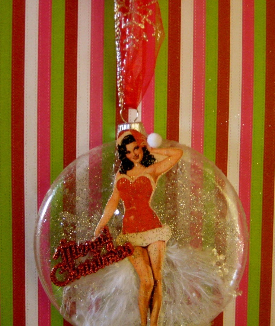 Christmas Pin Up Girl Santa Baby Glass By 12LegsCuriosities
