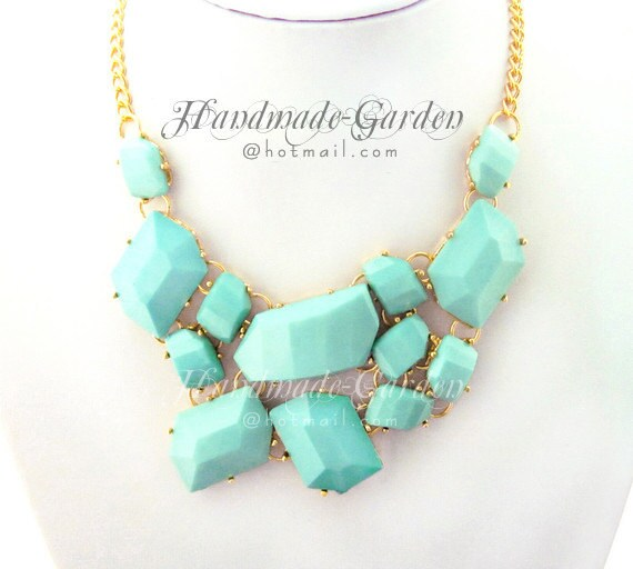 sale - Milk Turquoise - Shattered Faux Stone Fragment Cluster Statement Bib Necklace - GD006A