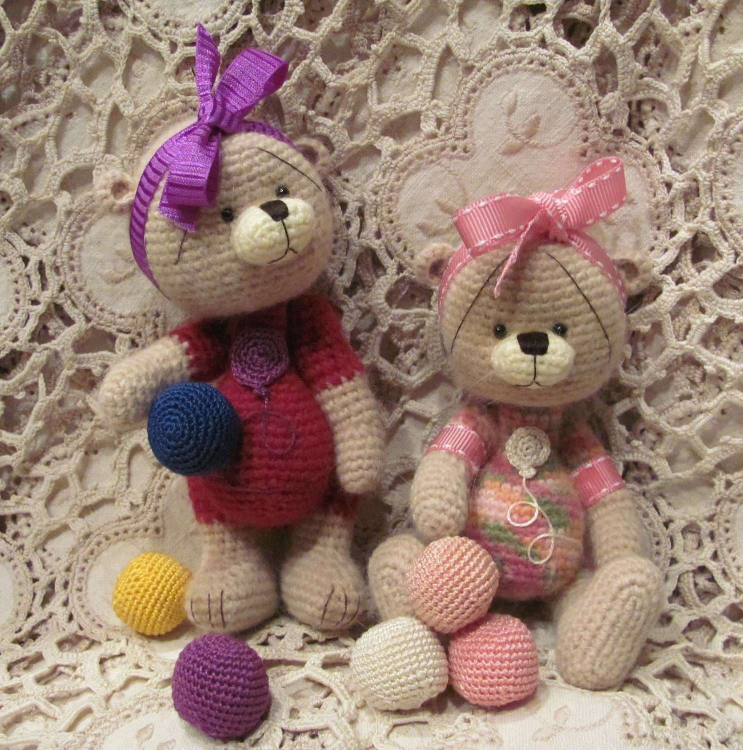 Free Crochet Mini Teddy Bear Pattern : il_570xN.407549165_46uz.jpg