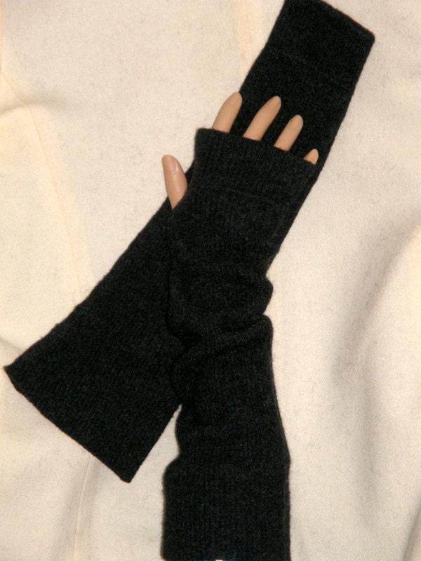 Items similar to Long Dark Gray felt Fingerless Gloves Fine Merino wool knit ...