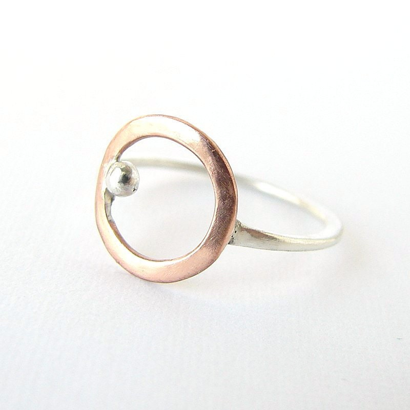 Sterling silver and copper circle - Simple delicate ring