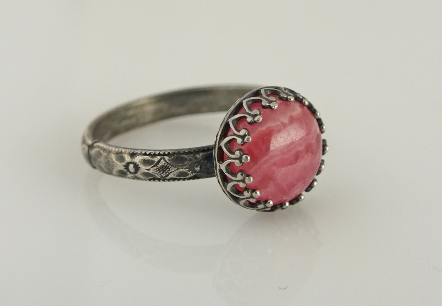 Rhodochrosite Oxidized Crown Ring, Pink Gemstone Bezel Ring, Size 8 Ring, Antiqued Floral Band Ring - GemLoungeJewelry