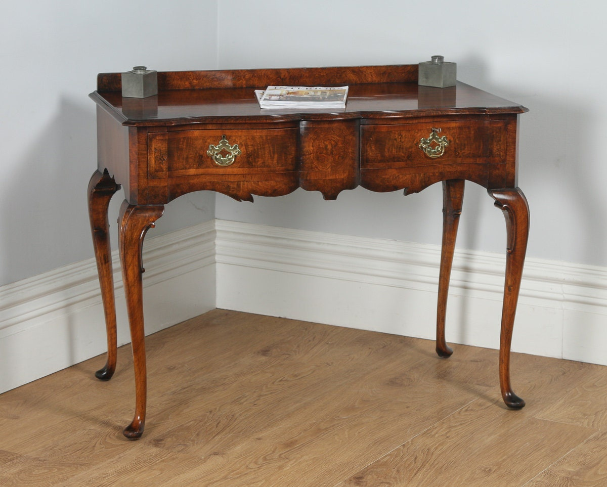 Antique English Maples  Co. Burr Walnut Queen Anne Style Serving Table (Circa 1920)