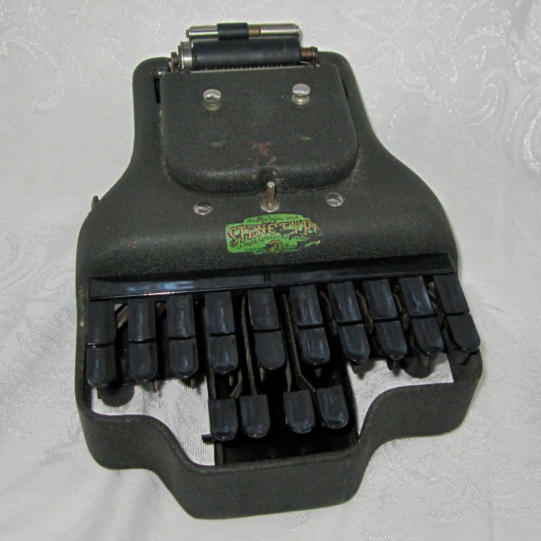 stenography machine
