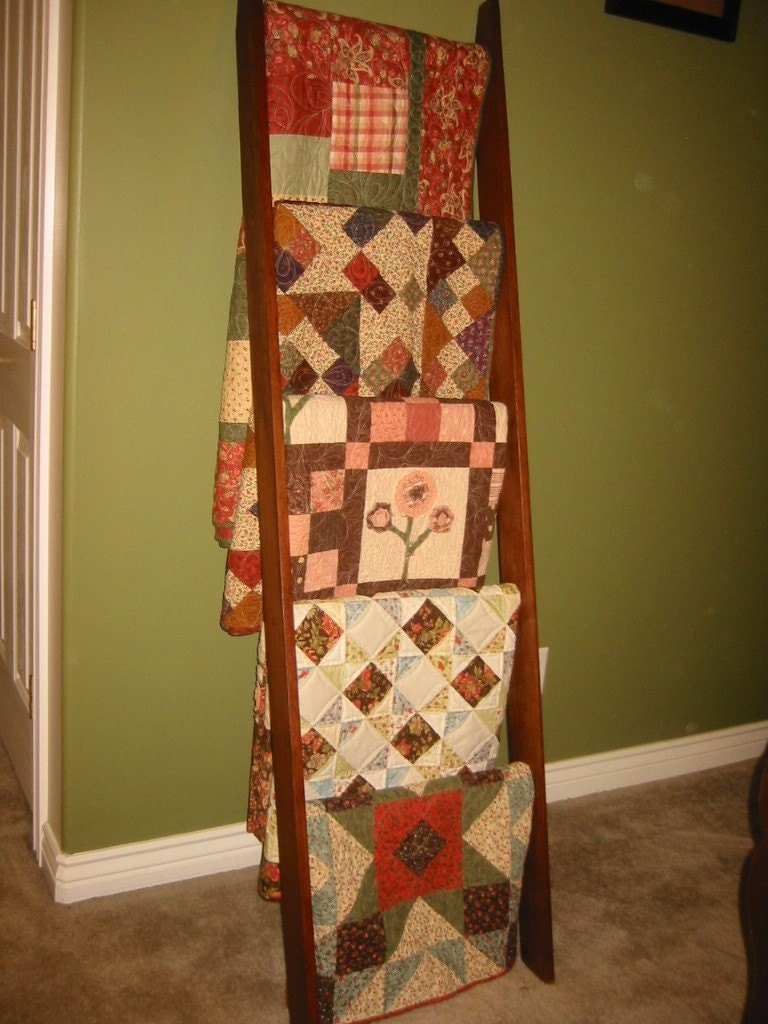 Quilt Ladder Assembled And Ready To Use Solid By
