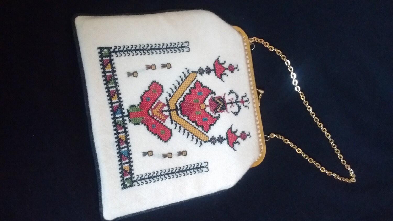 Vintage embroided 1960s handbag clutch bag