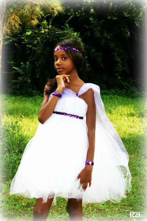 Holiday Tutus Dresses Boutique & Formal Dresses Pettiskirt Dresses Tu Tu Dresses Pettiskirts Baby Pettiskirts Toddler Pettiskirts Little Girl Pettiskirts Catalog > Tutus > Tween & Teen Tutus Tween & Teen Tutus. Tween Tutus: Teen Tutus: Tutus For Teenagers & Tweens. Tweet. 1 | 2 | 3 > >> Page 1 of 3. Personalized Cinderella Inspired Tutu.