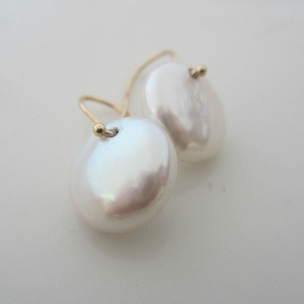 14K Coin  Pearl Earrings White  Drops Gold  Wires - sheriberyl