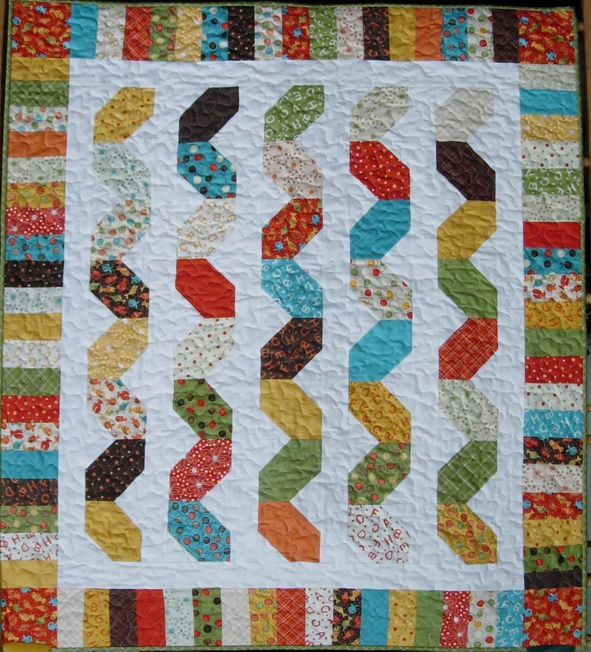 Items similar to Quilt Pattern - Snake Charmer Crib Quilt - PDF INSTANT DOWNLOAD - Quick Easy ...