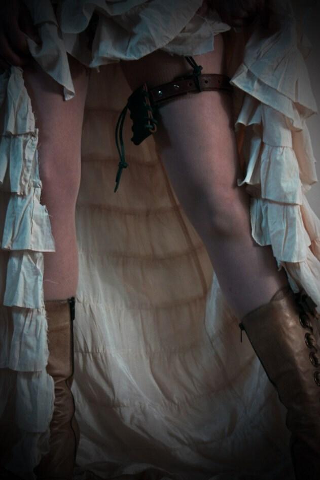 brown handmade real leather garter belt steunk by vontoon