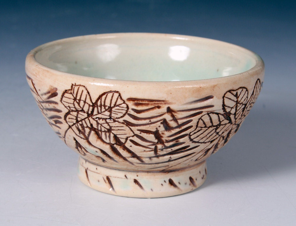 Clovers Teabowl