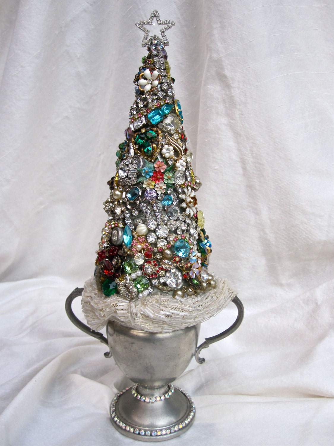 Vintage Jewelry Rhinestone Christmas Tree By Ladidahandbags